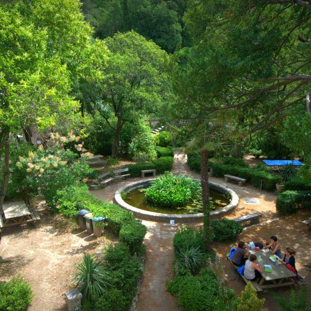 Le parc du Cart : un lieu idéal et original pour votre formation en plein air . Découvrez également nos salles de réunion équipées sur le www.lecart.net